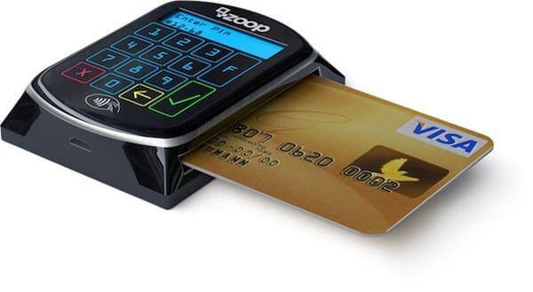 Zoop Mobile com cartão inserido