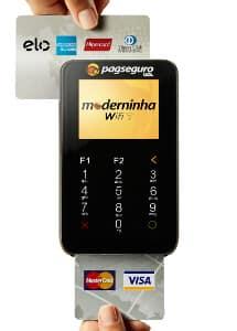 Moderninha Wifi passando cartão de tarja e de chip