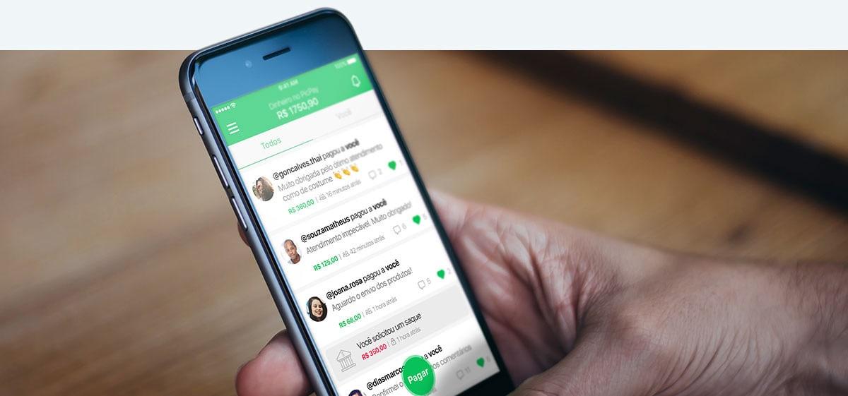 PicPay App no celular mostrando avaliações de clientes