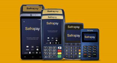 Máquinas SafraPay em fundo dourado