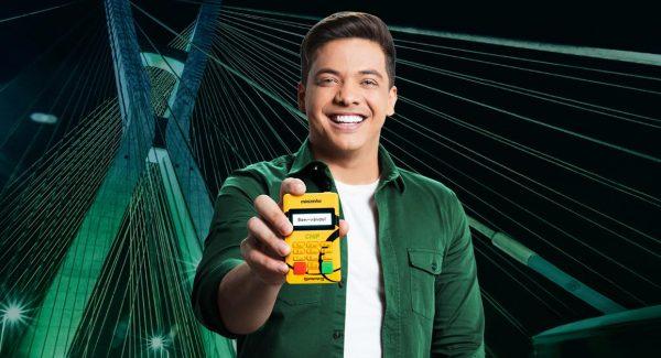 Wesley Safadão com a Minizinha Chip