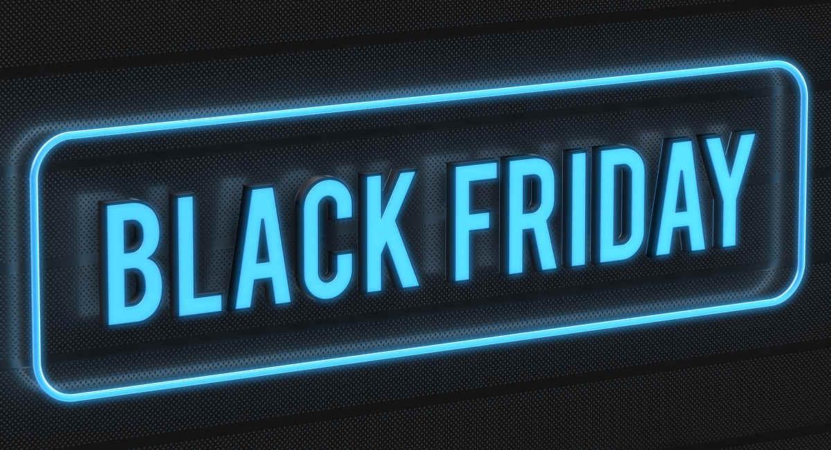 Black Friday escrito em neon azul em fundo preto