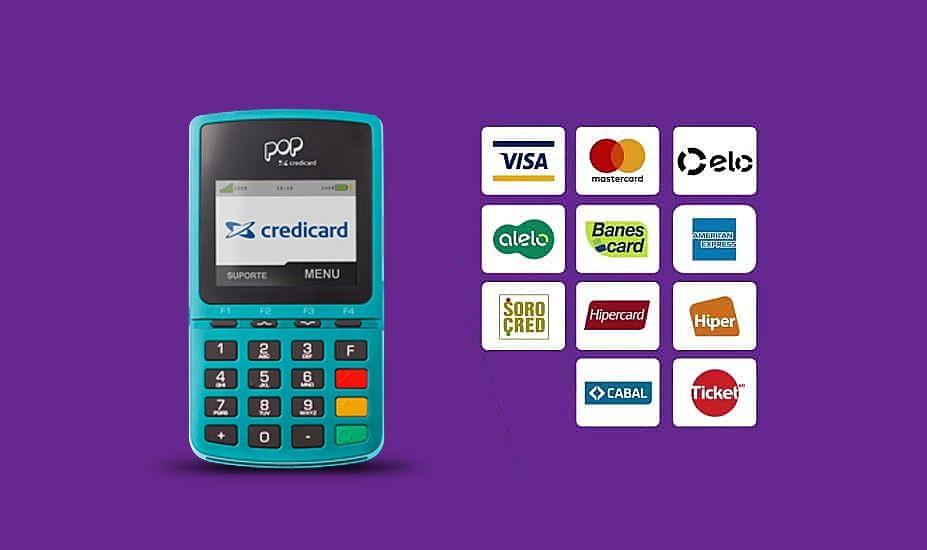 Maquininha Pop Credicard com logos dos cartões aceitos em fundo roxo