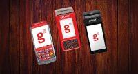 Máquinas de cartão Getnet Santander com e sem fio sobre fundo madeira