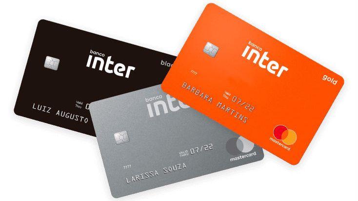 Ilustração de três cartões do Banco Inter
