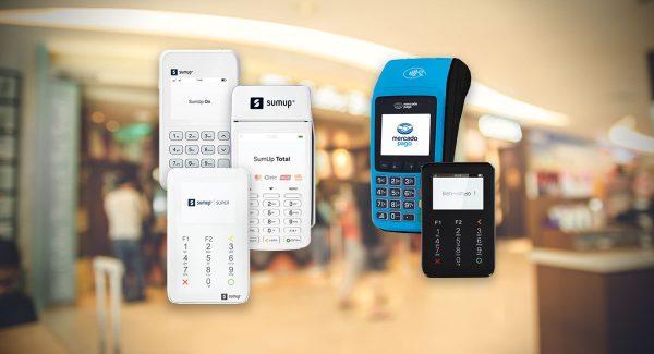 Máquinas de Cartão SumUp e Mercado Pago sobre fundo de loja