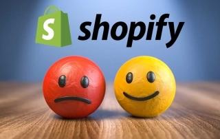 Bola vermelha triste e bola amarela alegre abaixo da logo da Shopify, ilustrando artigo com opnião de cliente da loja virtual