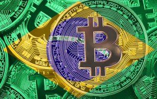 bandeira do Brasil e criptomoeda bitcoin