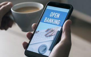 Open banking na tela do celular